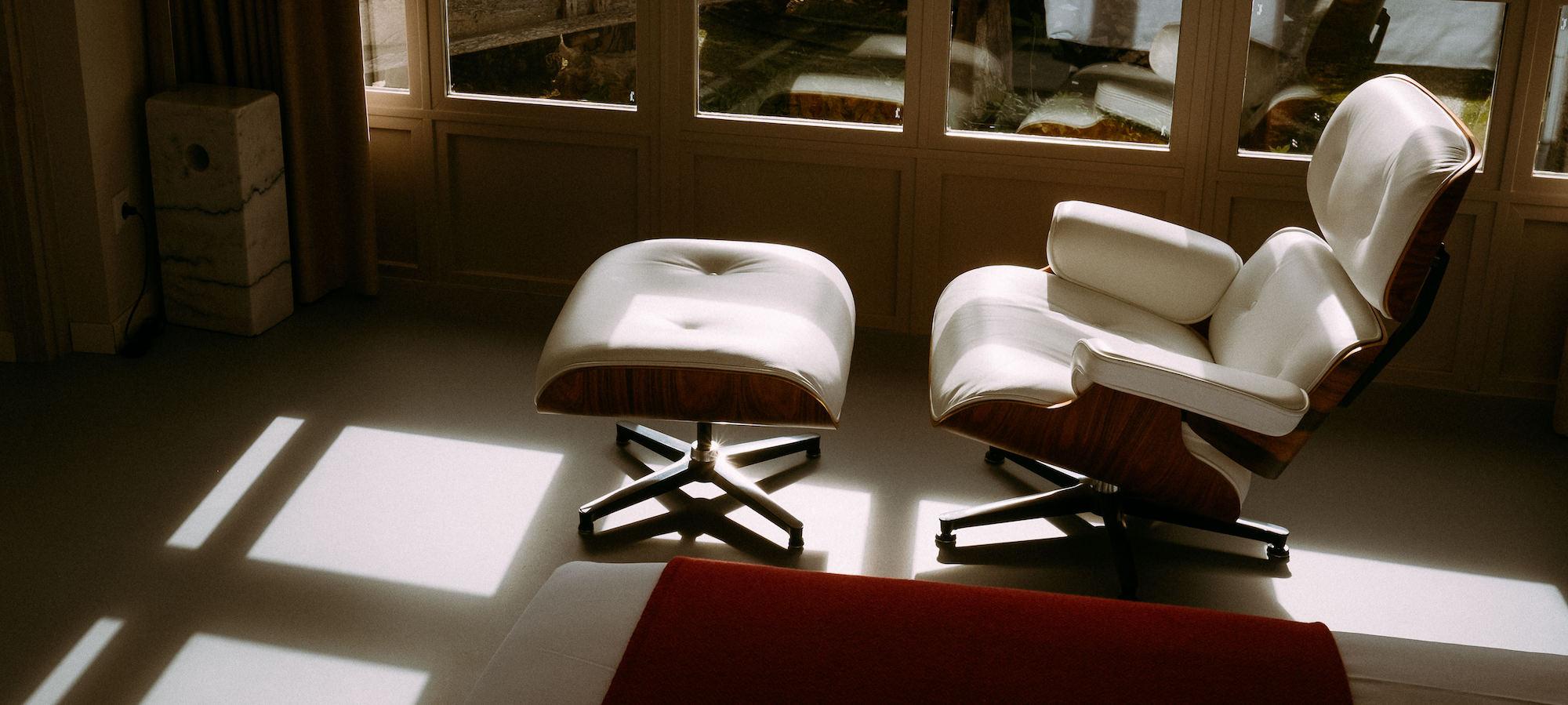 el gran sueño galería bedroom charles eames lounge chair and ottoman