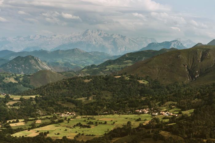 Picos de Europa desde el Monte Cayón