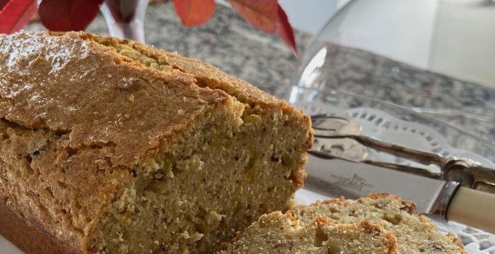 lemon and pistachio cake