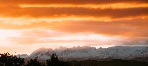 el gran sueño amanecer detrás de los picos de europa